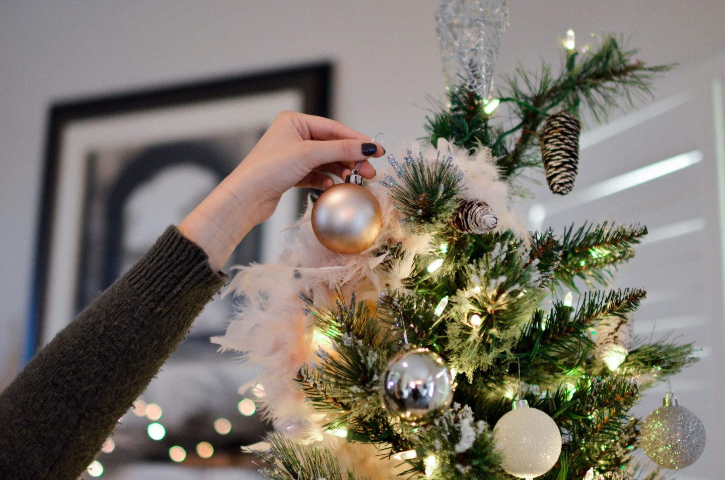 Christmas Cleaning Tips to Simplify Your Schedule.